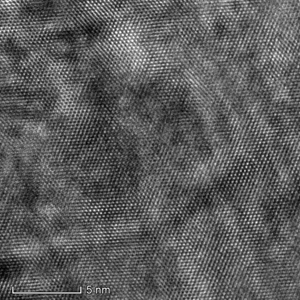 HR-TEM-showing-atomic-lattice-in-a-Mg-alloy